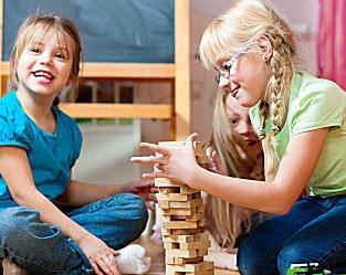 Игра настольная Дженга цветная деревянная 48 брусков