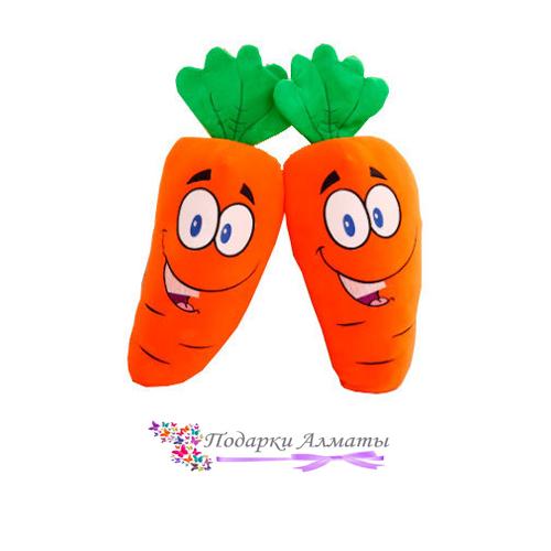 Игрушка морковка