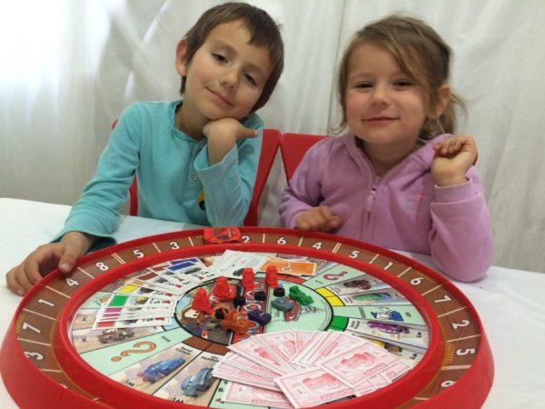 Монополия игра настольная