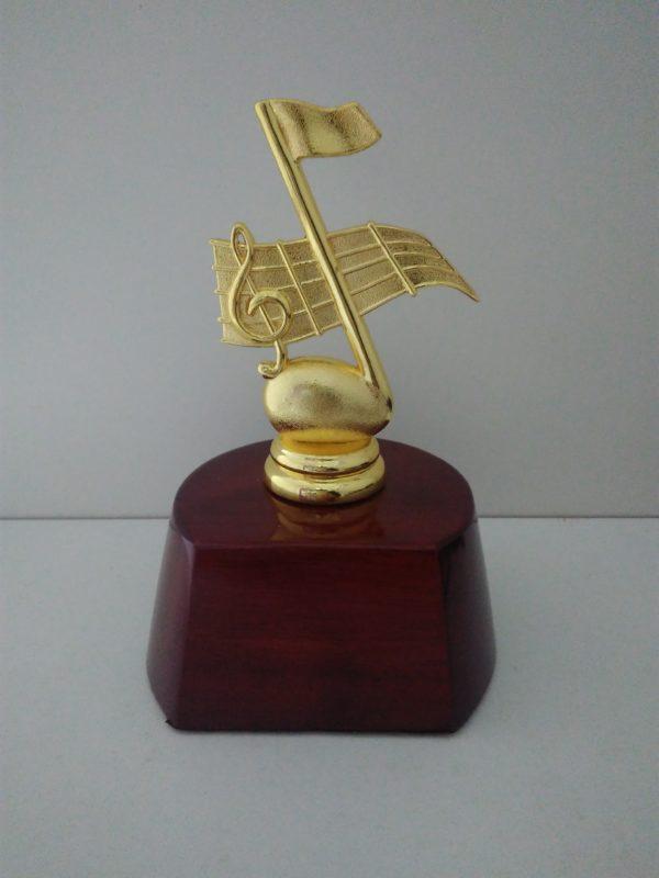 Награда статуэтка музыкальная нота