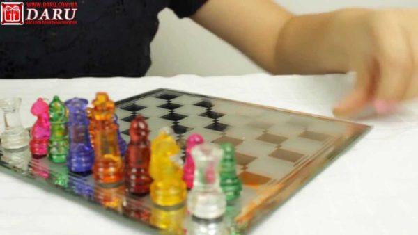 """Шахматы стеклянные """"Цветные фигурки"""""""