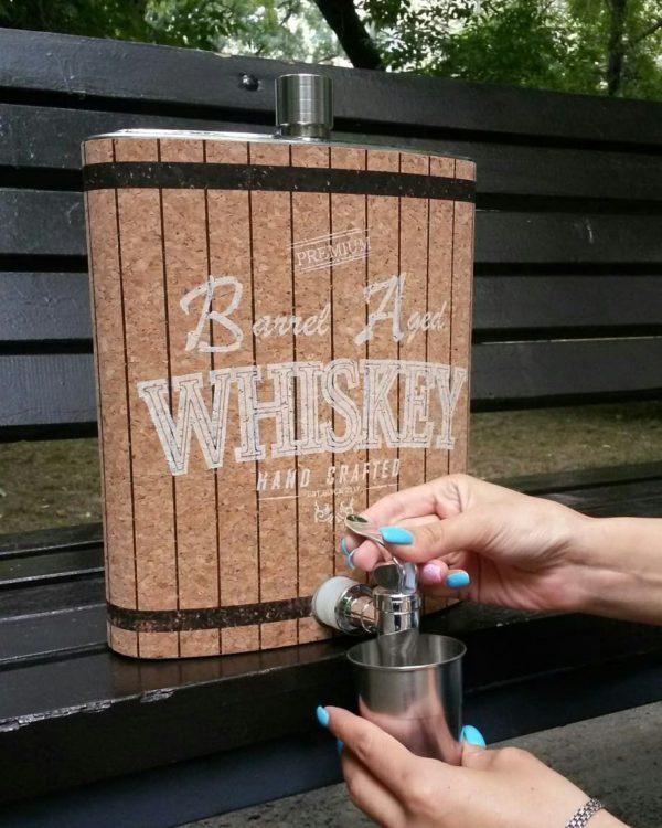 """Гигантская фляга """"Whiskey"""" с краником для разлива"""