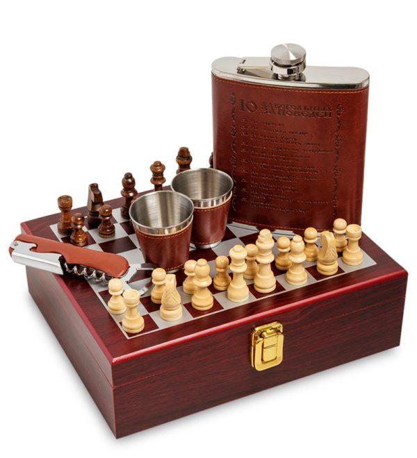 подарочный набор с шахматами и фляжкой