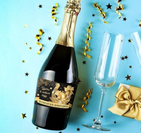 новогодняя наклейка на шампанское