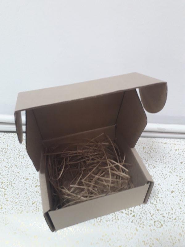 Коробка бурая маленькая
