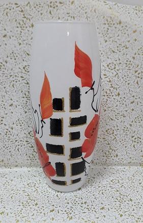 Стеклянная ваза для цветов
