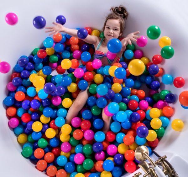 пластиковые шарики для бассейна
