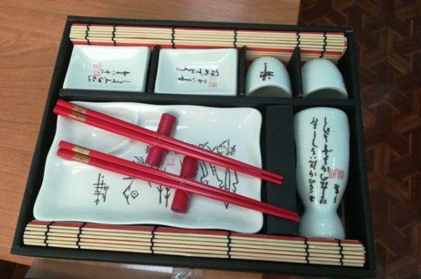 Приготовление и подача суши