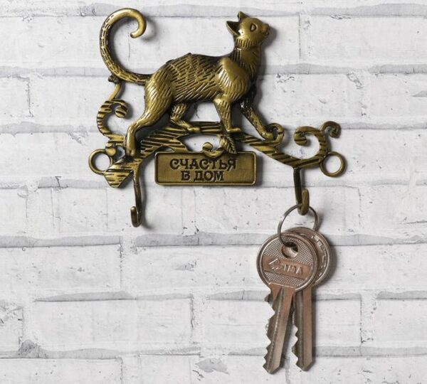 ключница с кошкой